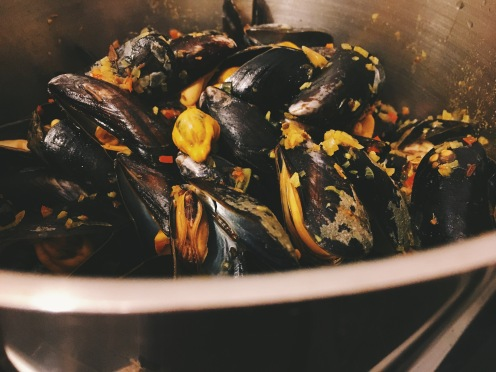 Indian spiced mussel linguine